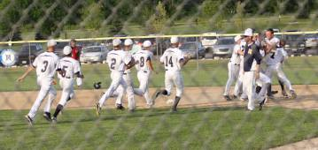 Walk-off single to win 2013 Regional Final over Sussex Hamilton